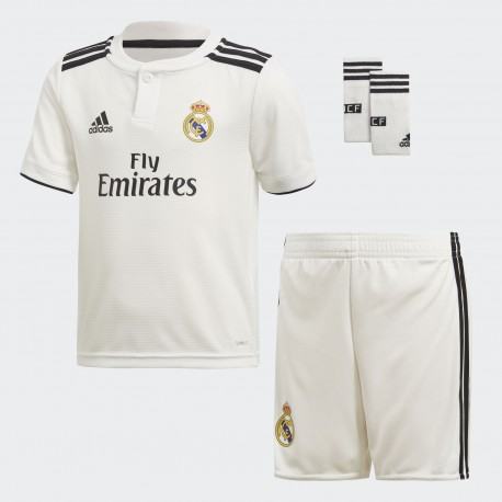 PACK DE JUEGO OFICIAL REAL MADRID 18-19